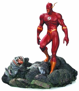 DC Comics Patina Mini Statue Flash vs Gorilla Grodd New!