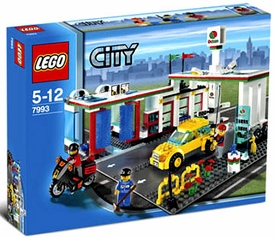 LEGO City Exclusive Set #7993 Service Station Damaged Package, Mint Contents!