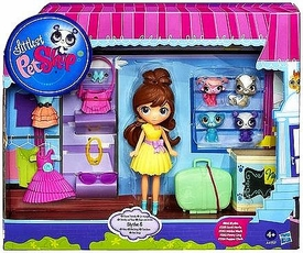 Littlest Pet Shop Playset Travel Trendy Blythe & Pets