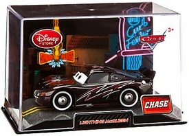 Disney / Pixar CARS Movie Exclusive 1:43 Die Cast Car In Plastic Case Lightning McQueen Black Chase Edition!