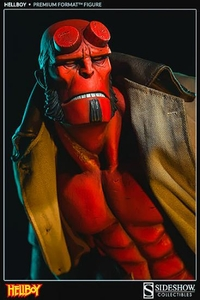 Hellboy Sideshow Collectibles 1/4 Scale Premium Format Polystone Statue Hellboy Pre-Order ships September