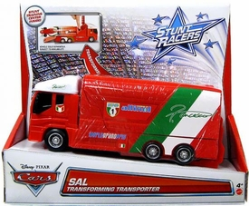 Disney / Pixar CARS Stunt Racers Transforming Transporter Sal