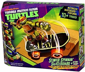 Nickelodeon Teenage Mutant Ninja Turtles Basic Vehicle Sewer Spinnin Skateboard