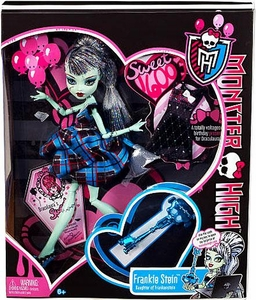Monster High Sweet 1600 Deluxe Doll Frankie Stein