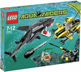 LEGO Aqua Raiders Set #7773 Tiger Shark Attack