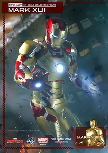 Iron Man 3 Play Imaginative Super Alloy 1/4 Scale Collectible Figure Iron Man Mark 42 Pre-Order ships November