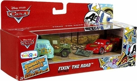 Disney / Pixar CARS Radiator Springs Classic Exclusive 1:55 Die Cast 3-Pack Fixin' The Road [Fillmore, Sarge & Lightning McQueen with Shovel]