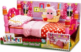 Lalaloopsy Accessory Playset Sew Cute Bed