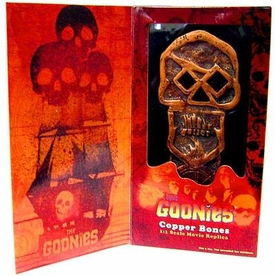 Mezco Toyz Goonies Exclusive SDCC 1:1 Scale Movie Replica Copper Bones