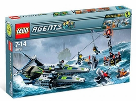 LEGO Agents Set #8633 Mission 4: Speedboat Rescue