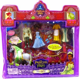 Disney The Princess and the Frog Favorite Moments Deluxe Gift Set [Includes Prince Naveen, Princess Tiana & Horse & Carriage]