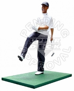 Upper Deck Pro Shots Ultimate Collection 18 Inch Poly Resin Statue Tiger Woods [1997 Masters Fist Pump]