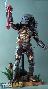 Predator Hot Toys 14 Inch Deluxe Model Figure Predator