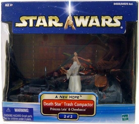 Star Wars Saga 2002 A New Hope Cinema Scene Death Star Trash Compactor #2 of 2 Leia and Chewbacca
