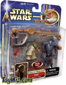 Star Wars Saga 2002 Attack of the Clones Yoda w/ Force Powers