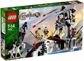 LEGO Castle Set #7079 Drawbridge Defense
