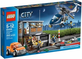 LEGO City Exclusive Set #60009 Helicopter Arrest