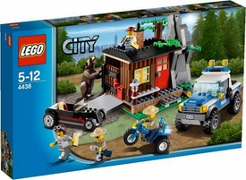 LEGO City Exclusive Set #4438 Robber's Hideout