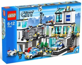 LEGO City Set #7744 Police Headquarters