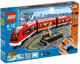 LEGO City Exclusive Set #7938 Passenger Train