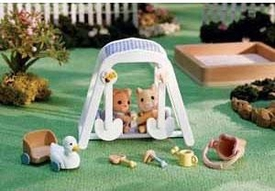 Calico Critters Minifigure Create Your Very Own Story Peaches & Freddy's Swing n Play