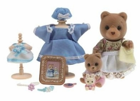 Calico Critters Minifigure Create Your Very Own Story Margaret & Holly's Dress Shop