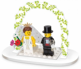LEGO Set #853340 Wedding Bride & Groom Table Decoration