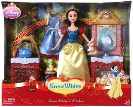 Disney Princess Snow White & The Seven Dwarfs Playset Snow White's Kitchen