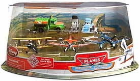Disney PLANES Exclusive 6 Piece PVC Figure Play Set Propwash Junction [Dusty, Skipper, Leadbottom, Chug, Dottie & Sparky]