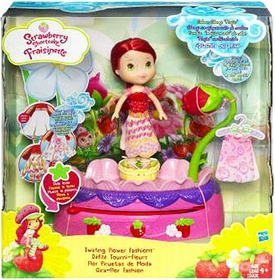 Strawberry Shortcake Hasbro Playset Twirling Flower Fashions