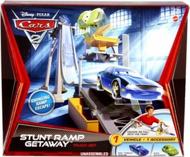 Disney / Pixar CARS 2 Movie Track Set Stunt Ramp Getaway
