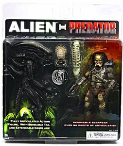NECA Alien VS. Predator AVP Exclusive Action Figure 2-Pack Alien Vs. Predator