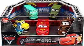 Disney / Pixar CARS 2 Movie Exclusive Die Cast Car 6-Pack Playset Team McQueen