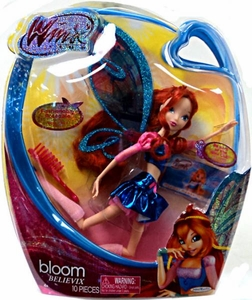 Winx Club 11.5 Inch Deluxe Fashion Doll Believix Bloom