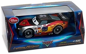 Disney / Pixar CARS Exclusive LIMITED EDITION 1:18 Die Cast Car World Grand Prix Lightning McQueen 1 of 500!