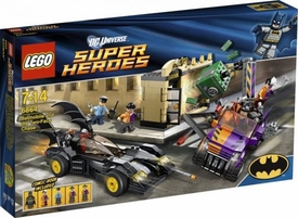 LEGO DC Universe Super Heroes Set #6864 Batmobile and the Two-Face Chase