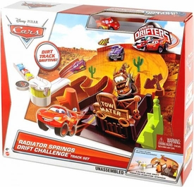 Disney / Pixar CARS Movie Micro Drifters Radiator Springs Drift Challenge Track Set