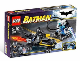 LEGO Batman Set #7884 Batman's Buggy: Escape of Mr. Freeze This is a Small Set!