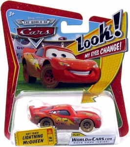 Disney / Pixar CARS Movie 1:55 Die Cast Car with Lenticular Eyes Series 1 Dirt Track Lightning McQueen