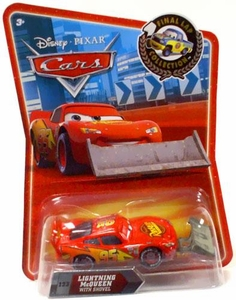 Disney / Pixar CARS Movie Exclusive 1:55 Die Cast Car Final Lap Lightning McQueen with Shovel
