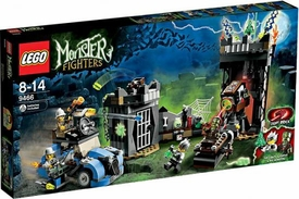 LEGO Monster Fighters Set #9466 Crazy Scientist & His Monster