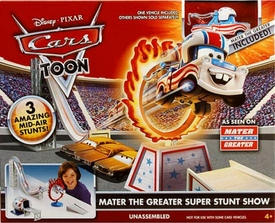 Disney / Pixar CARS TOON 1:55 Die Cast Car Playset Mater the Greater Super Stunt Show