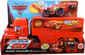 Disney / Pixar CARS 2 Movie Exclusive Shake 'N Go Mack Hauler with Lightning McQueen
