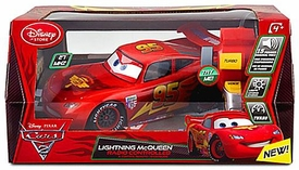 Disney / Pixar CARS 2 Movie Exclusive Radio Controlled R/C Lightning McQueen [27 MHZ]