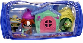 Littlest Pet Shop Winter Vinyl Duffle Bag with 3 Figures [Kitten, Bulldog Dog & Iguana in Triple Cabin]