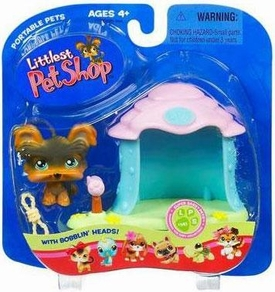 Littlest Pet Shop Pets On The Go Figure Yorki in Doghouse