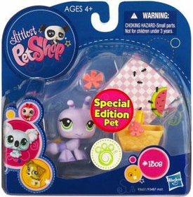 Littlest Pet Shop 2010 Assortment 'A' Series 1 Collectible Figure Ant with Picnic Accessories [Special Edition Pet!]