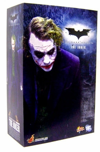 Batman The Dark Knight Hot Toys 1/6 Scale Collectible Action Figure The Joker