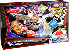 Disney / Pixar CARS 2 Movie Quick Changers Race Track Set Crash 'N' Change Speedway