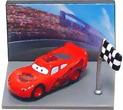 Disney / Pixar CARS Movie Collection Gacha Micro PVC Figure Lightning McQueen (Race Track)